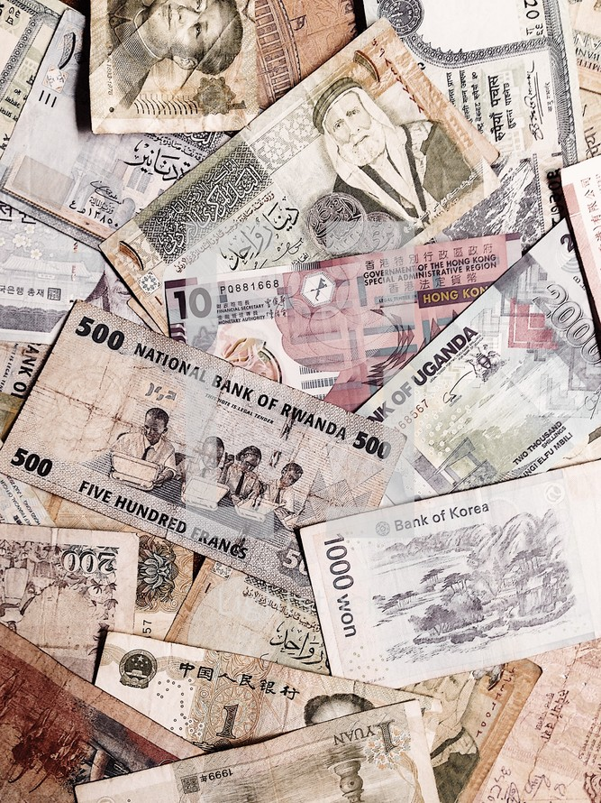 background of international currency