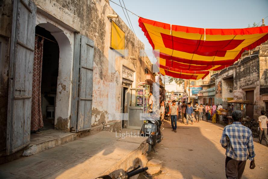 street market in Mandawa, India