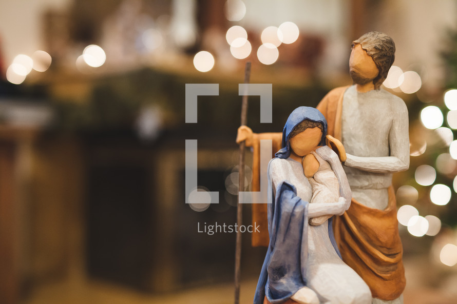 figurines of Mary, Joseph, and baby Jesus