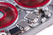 reel to reel audio tape recorder