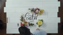 drawing an Easter sign