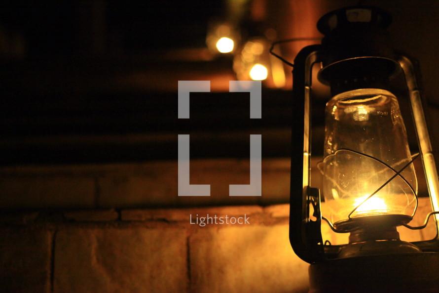 Oil lamp step lights