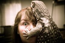 girl and lizard