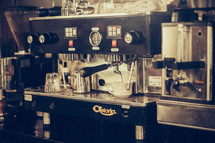 expresso machine in a coffee shop