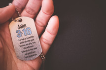 A dog tag with John 3:!6