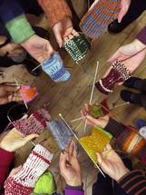 women knitting