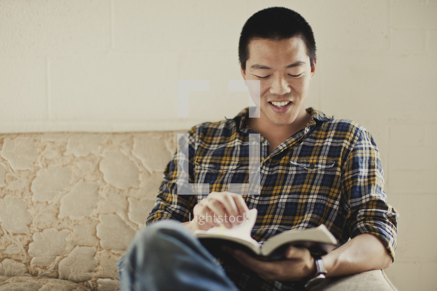 A man reading his Bible
