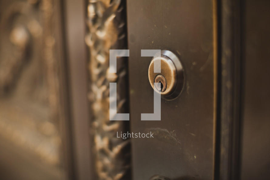 Keyhole on front door
