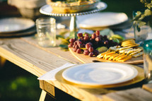 thanksgiving meal outdoors on a picnic table
