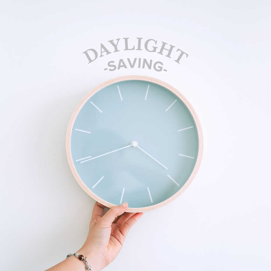 Daylight Savings Social Image